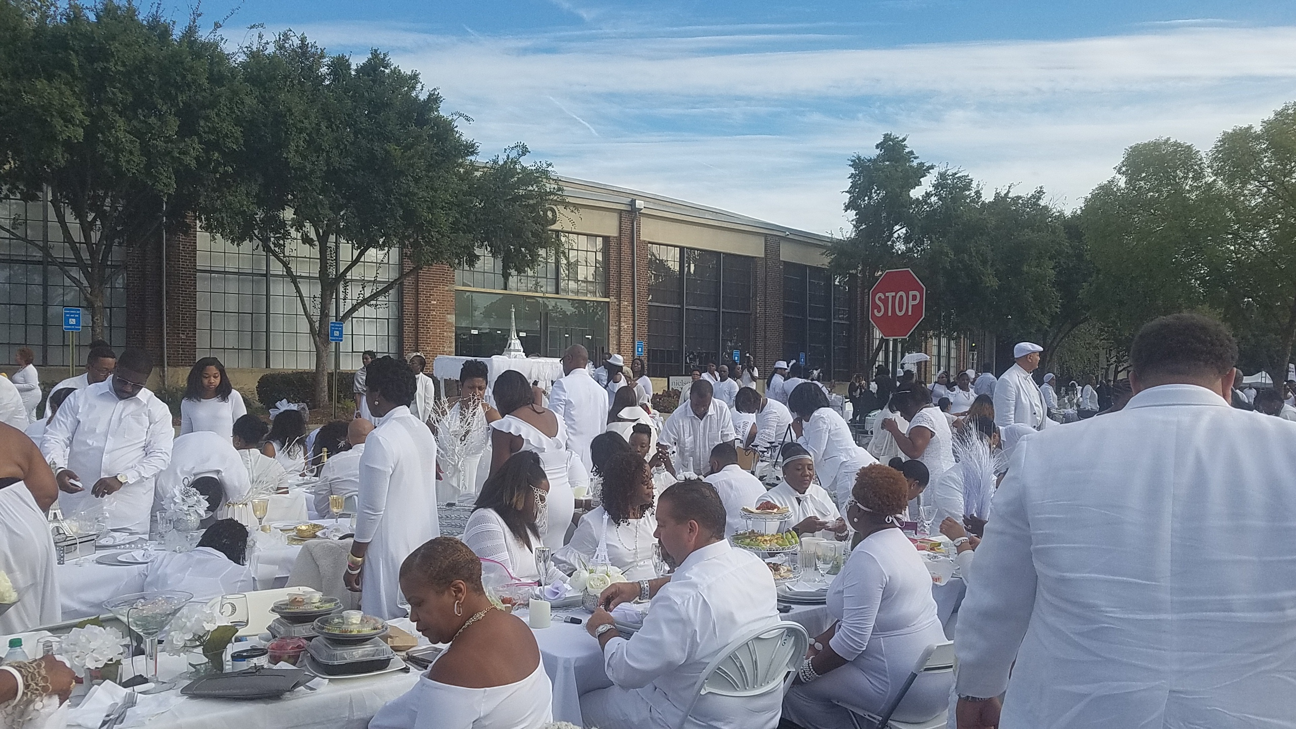 Diner en Blanc Atlanta . . . Another one in the Books